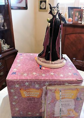 "Royal Doulton - ""sleeping Beauty"" - Maleficent - Stand Back"
