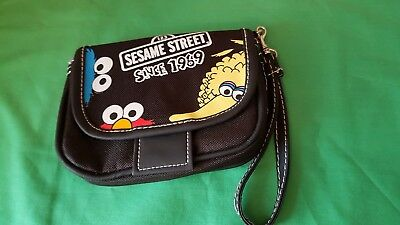 Sesame Street Wallet - wristlet will fit most mobiles, Big Bird, Elmo, Oscar