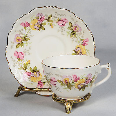 "4 Coalport ""marilyn"" Teacup & Saucer - White With Sweet Pea Garland"