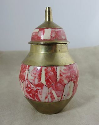 """Vtg Brass Temple Ginger Jar Urn w Lid Finial Inlay Red White Bone 4.25"""" T India"""
