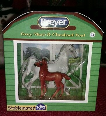 NIP Breyer Stablemates Grey Mare and Chestnut Foal Set #5394