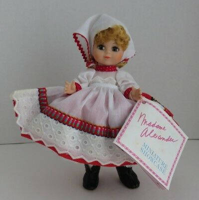"1990 Madame Alexander 7"" Russia Doll                   (Inv11170)"