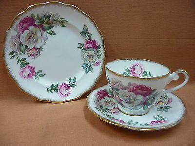 Vintage Royal Standard Trio 'Irish Elegance' Beautiful cup, saucer & plate