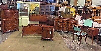 Antique Serpentine Front Flame Mahogany Bedroom Set By Morganton Furniture  Co