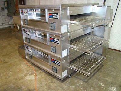 Middleby Marshall PS555G Triple Stack Nat.Gas Conveyor Pizza Oven....Video Demo