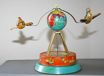 Vintage Planes Around The World Clockwork Tin Plate Toy Made In China - 1970'S