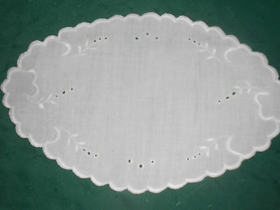 Oval White Linen Doily With Beautiful Open Work Hand Embroidery, Circa 1920