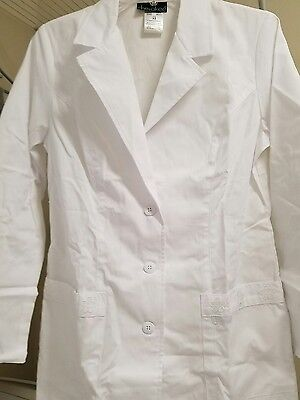 XS Cherokee Womens White Daisy embroidered Lab Coat Style #2390