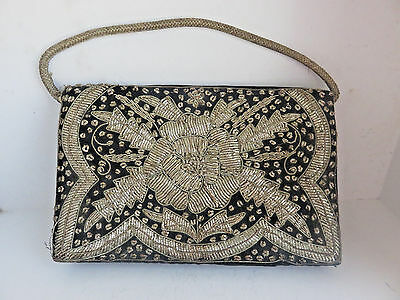 Vintage Made In India Gold Metalic Embroidery On Black Velvet Clutch Purse