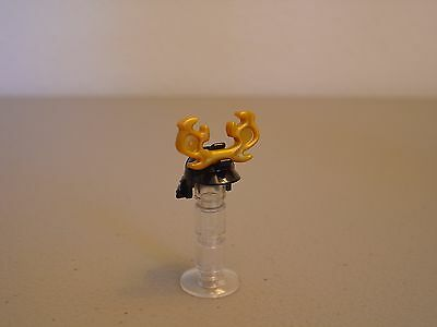 NEW Lego Castle Minifig GOLD VIKING HELMET Hat w//White Spiked Weapon Horns