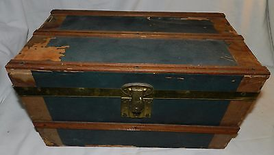 Vintage Doll Trunk for restoration - Mini Trunk for Storage - Home Decor