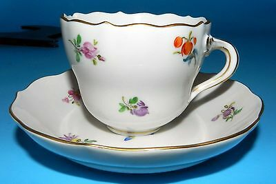 Gorgeous MEISSEN BLUE CROSS SWORD DEMITASSE SCATTERED FLOWERS CUP SAUCER GERMANY