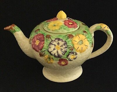 LOVELY ART DECO ARTHUR WOOD FLORAL EMBOSSED TEAPOT, MADE IN ENGLAND 1930s