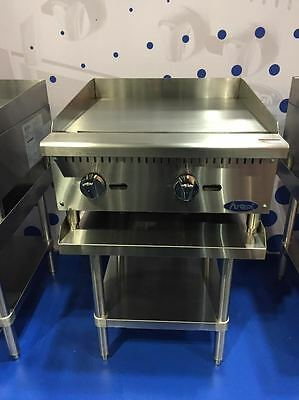 """New 24"""" Flat Griddle Manual Ctl With Stainless Equipment Stand Package Deal Gas"""