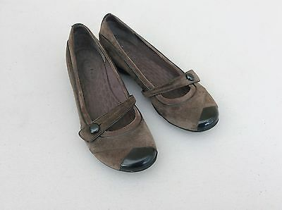 Clarks Privo Brown Gray Suede Leather Mary Jane Flats 7 M Low Heel