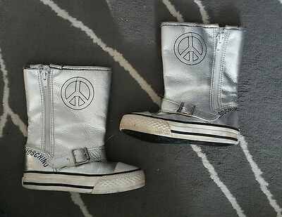 Moschino YOUTH Sneakers Girls Silver High Top Peace Zip up shoes sz 24