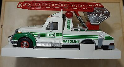 Hess Gasoline 1994 Toy Rescue Truck  New In Box