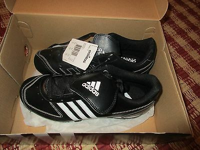 Adidas~Tater 3~Baseball Shoes~New In Box~Size 4 1/2 ~Black&white~
