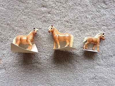 Lot 3 Retired Hagen Renaker Mini Porcelain Horses Shetland Family Mare Foal