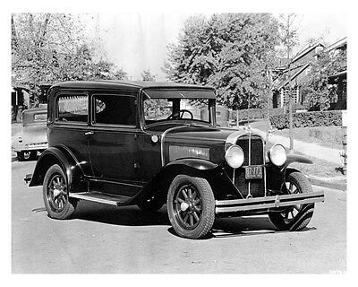 1931 Pontiac ORIGINAL Factory Photo oub3064