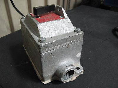 Crouse Hinds, Edsc2129, Snap Switch For Hazrdous Locations 20A 1P