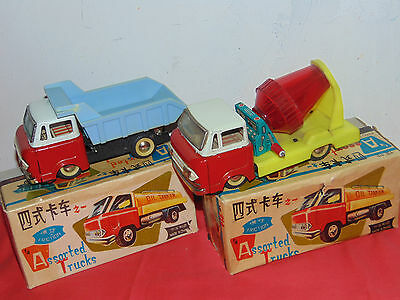 Red China  RACE  TRUCK    Vintage Clockwork Wind Up   Tin Toy RARE