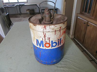 Vintage 5 Gallon Mobil  Gas Oil Can  Lot 17-17-3