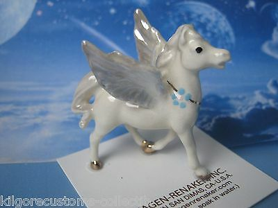 Hagen Renaker Pegasus Standing Mythical Figurine Miniature Ceramic 0831 NEW