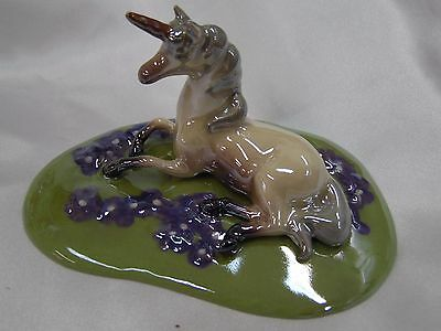Hagen Renaker Unicorn Lying 03040 Specialties Ceramic Figurine Purple Flowers