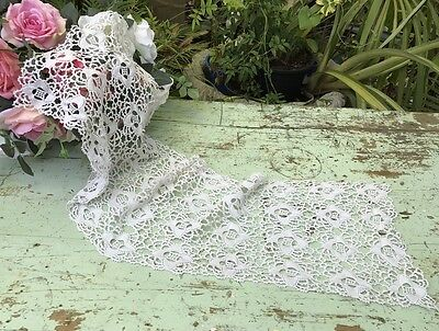 Vintage Lace Table Runner Shabby Belle Brocante doily