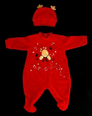 Christmas 2 piece sleepsuit set baby girl or boy 3-6 Months.