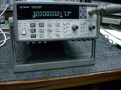 Agilent 53131A 225 MHz Universal Frequency Counter with 3 GHz Channel - Working