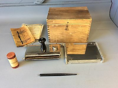 Vintage Cardmaster Chicago Postcard Printer Kit Tool Maker in Wood Box