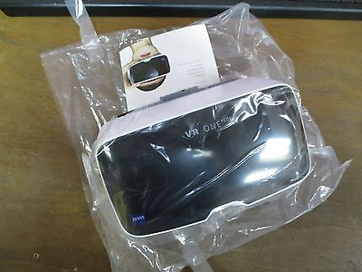 New Zeiss VR One Plus Virtual Reality Headset 2174-931 Universal Smartphone Tray