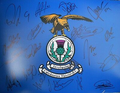 "Inverness Caledonian Thistle FC 2016/17 Signed 16"" x 12"" Football Photo x 20."