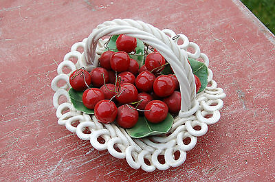 Ancienne Coupe A Fruits Tressee - Cerise- Corbeille-  //c33//