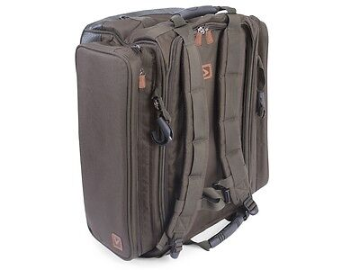 Avid Carp NEW Carp Fishing Ruckbag  AVLUG/33