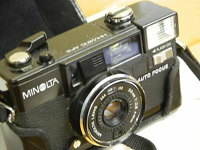 Vintage MINOLTA Hi Matic AF2 35 mm Camera w. Case 38mm - 1:28 Lens Auto Focus: