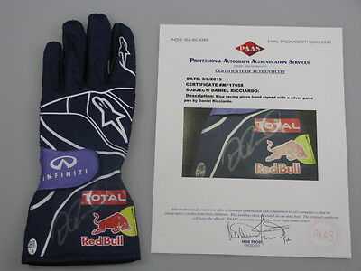 DANIEL RICCIARDO Hand Signed Racing Glove 6 + PAAS COA   *BUY AUTHENTIC*