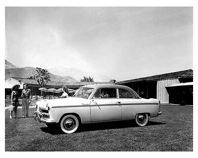 1952 Willys ORIGINAL Factory Photo oub4821
