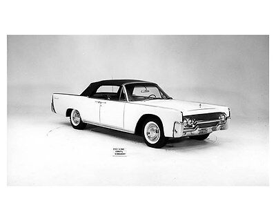 1961 Lincoln Continental Convertible ORIGINAL Factory Photo oub5250