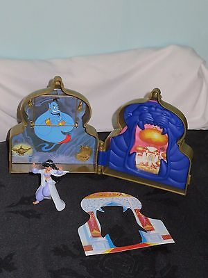 Polly Pocket style Mattel Disney Aladdin Mini Playset & Jasmine Figure.Vintage