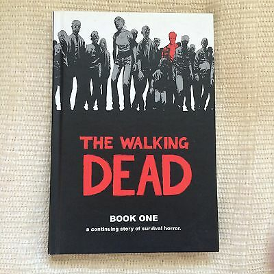 The Walking Dead Hardcover Book 1