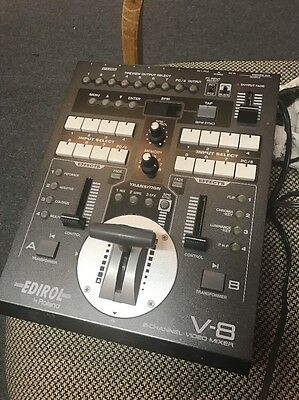 EDIROL Roland Eight Channel V-8 Video Mixer Switcher V8 - Great Condition!