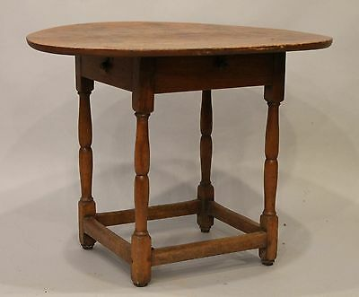18th Century Wiliam and Mary Tavern Table New England 1 Board Top Small Size