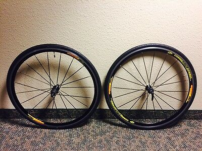 Mavic Cosmic Elite 700c 8-11 Speed Road Cycling Great W Tires 25c