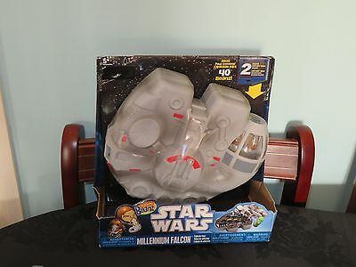 Mighty Beanz Star Wars Millennium Falcon Collector Case with 2 beanz. New in box