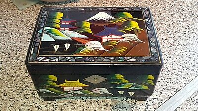 Vintage Oriental Black lacquer ware Mirrored Musical Jewellery Box