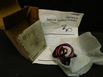 New HONEYWELL 220736A -- Internal Auxiliary Switch