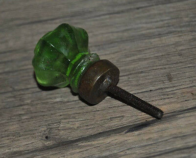 VINTAGE VICTORIAN Green DEPRESSION Glass Door Drawer Knobs Handle Pull OCTAGONAL